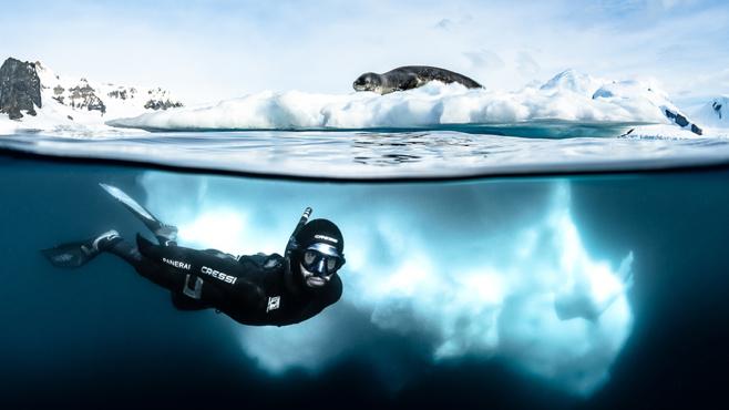 ANTARCTICA : le livre du photographe Greg Lecœur sur l'expédition polaire avec Guillaume Néry !